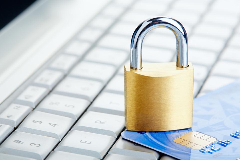 Imagem de Socorro, TecMundo: o que fazer em caso de golpes em compras na internet? no site TecMundo