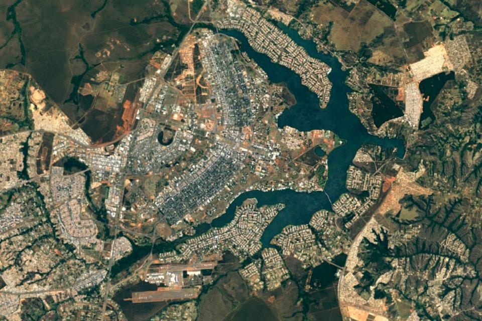 Imagem de Google Maps e Earth são atualizados com imagens super nítidas da NASA no tecmundo