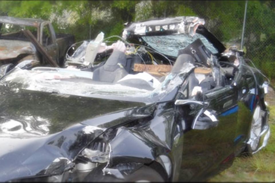 Imagem de Motorista de Tesla estava acima do limite de velocidade em acidente fatal no tecmundo