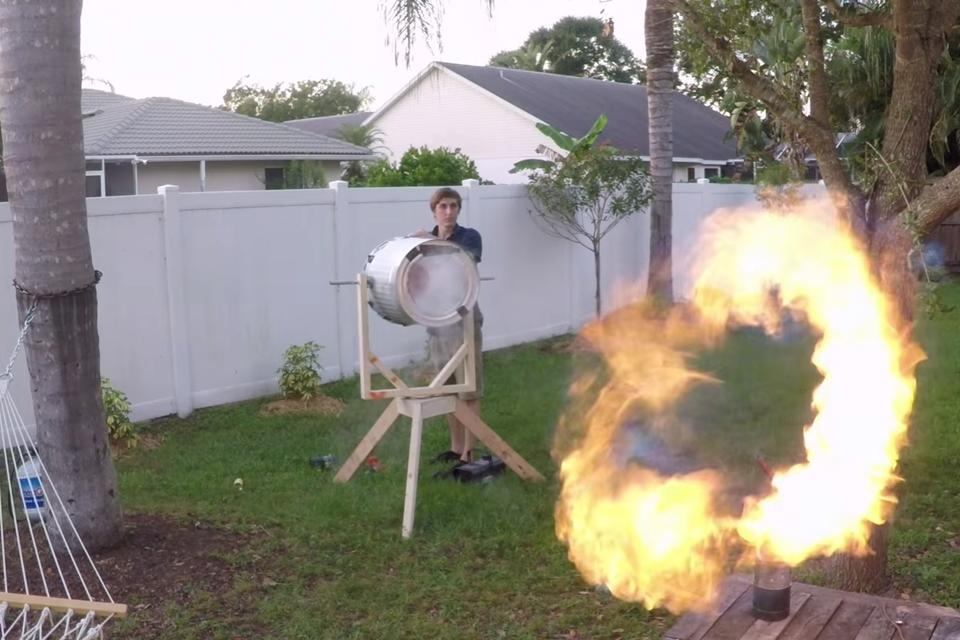 Imagem de Veja um canhão de vórtice disparando anéis de fogo gravados por uma GoPro no tecmundo