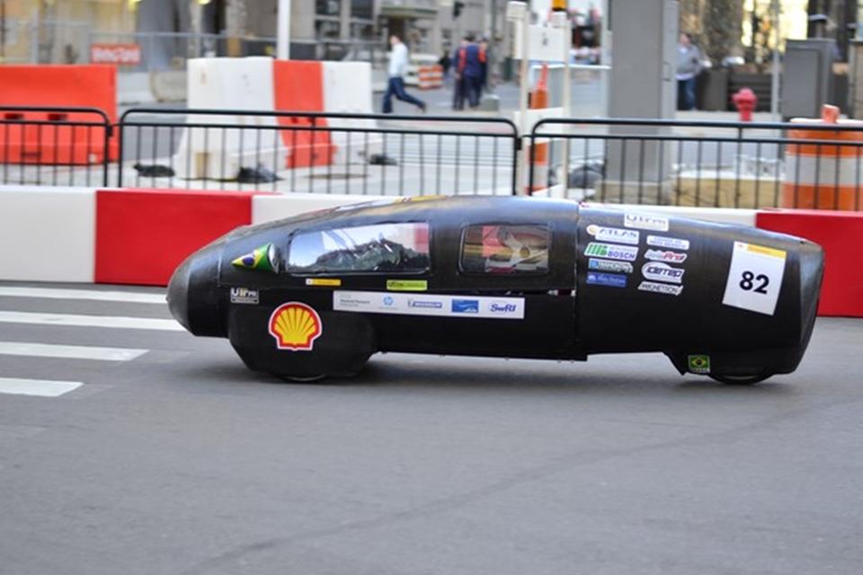 Imagem de É pouco? Brasileiros criam carro que faz 400 km usando só 1 litro de etanol no tecmundo