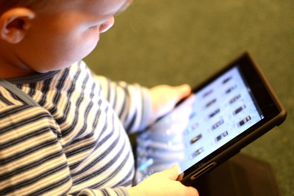 Imagem de Proibido para menores de 2 anos: APP libera Skype para bebês no tecmundo