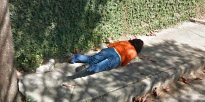 Imagem de Google Street View flagra tombo de mulher em BH no site TecMundo