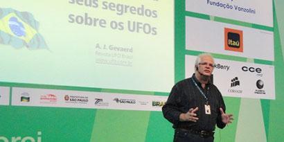Imagem de OVNIs: as verdades por trás das aparições no Brasil no site TecMundo