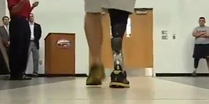 Imagem de Pé biônico reproduz músculos e movimentos humanos com perfeição [vídeo] no site TecMundo