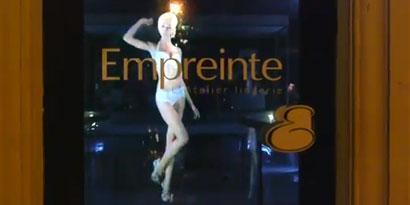 Imagem de Esqueça o Tupac: holograma impressionante mostra modelo só de lingerie [vídeo] no site TecMundo