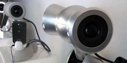 Imagem de Conheça Shimi, o robô que nunca erra o compasso [vídeo] no site TecMundo