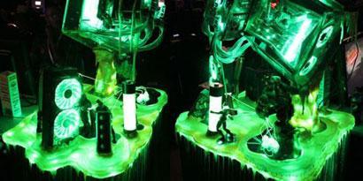 Imagem de Casemod inspirado em Hulk chama a atenção durante a Quakecon no site TecMundo