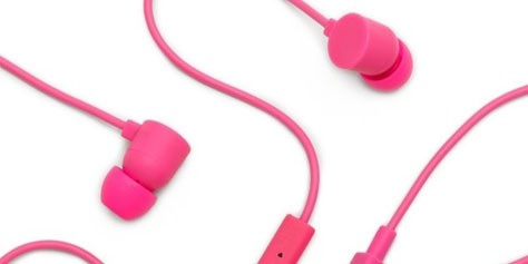Imagem de Como usar fones intra-auriculares corretamente? no site TecMundo
