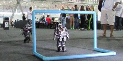 Imagem de Robôs que jogam futebol são destaque na Campus Party no site TecMundo