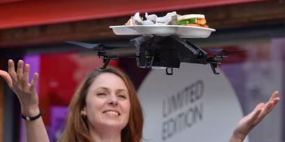 Imagem de Restaurante londrino serve sushis usando bandejas voadoras e iPads no site TecMundo