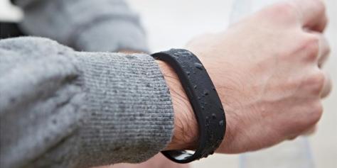Imagem de SmartBand: conheça a pulseira inteligente da Sony no site TecMundo