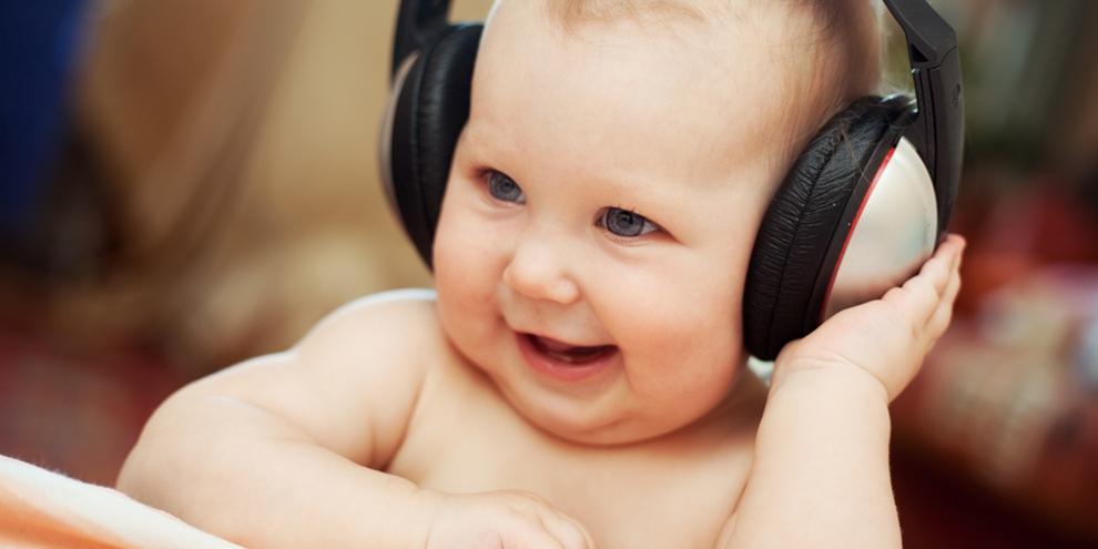 Imagem de Saiba como é ouvir o mundo por meio de um implante auditivo para surdos no site TecMundo