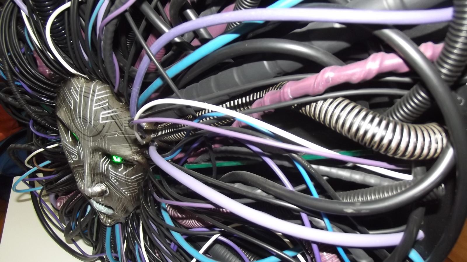 Imagem de Confira um casemod impressionante e assustador inspirado em System Shock 2 no site TecMundo