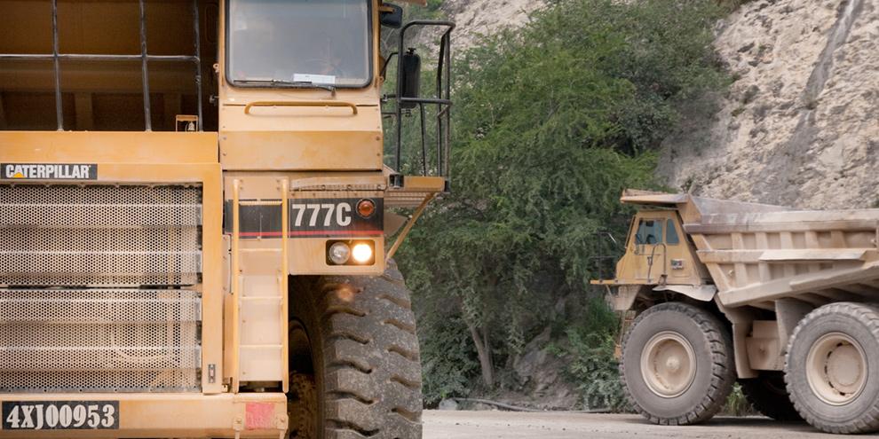 Imagem de Confira como é o transporte de um dos maiores caminhões do mundo [vídeo] no site TecMundo