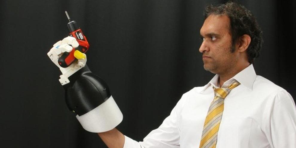 Imagem de Luva robótica similar à mão humana permite precisão mesmo debaixo d'água no site TecMundo