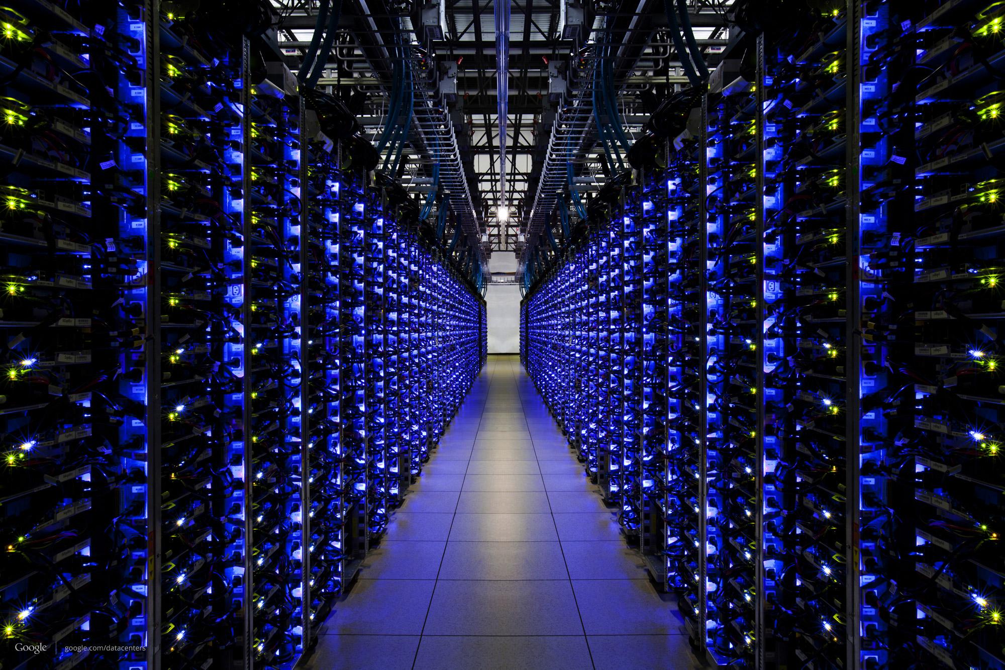 fedb08a6d0f No final das contas, um Data Center é o que possibilita a continuidade de  serviços que rodam integralmente ou parcialmente na internet, por exemplo.
