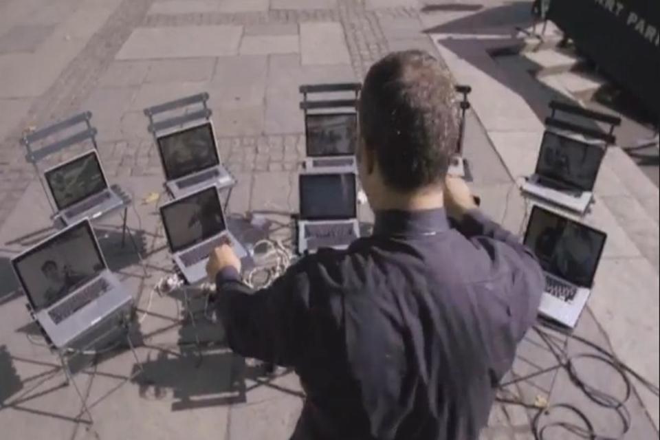 Imagem de Orquestra WiFi: maestro reúne artistas do metrô para uma apresentação única no site TecMundo