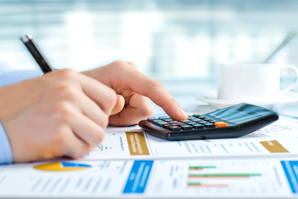 Imagem de 10 apps que ajudam a organizar a sua vida financeira no site TecMundo