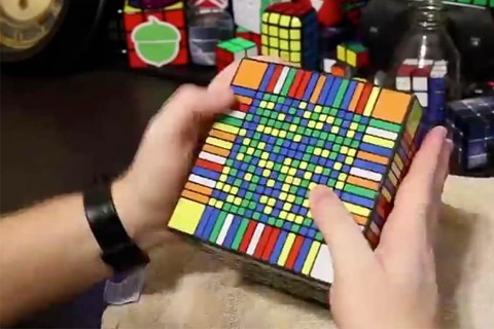 Imagem de Cubo mágico mais difícil do mundo é resolvido em mais de sete horas [vídeo] no site TecMundo