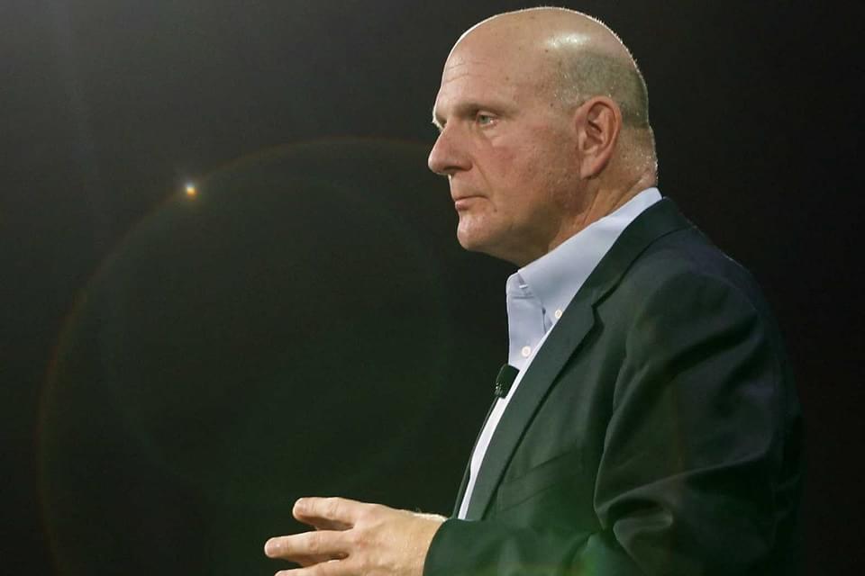 Imagem de O amor de Steve Ballmer pela Microsoft é declarado novamente no site TecMundo