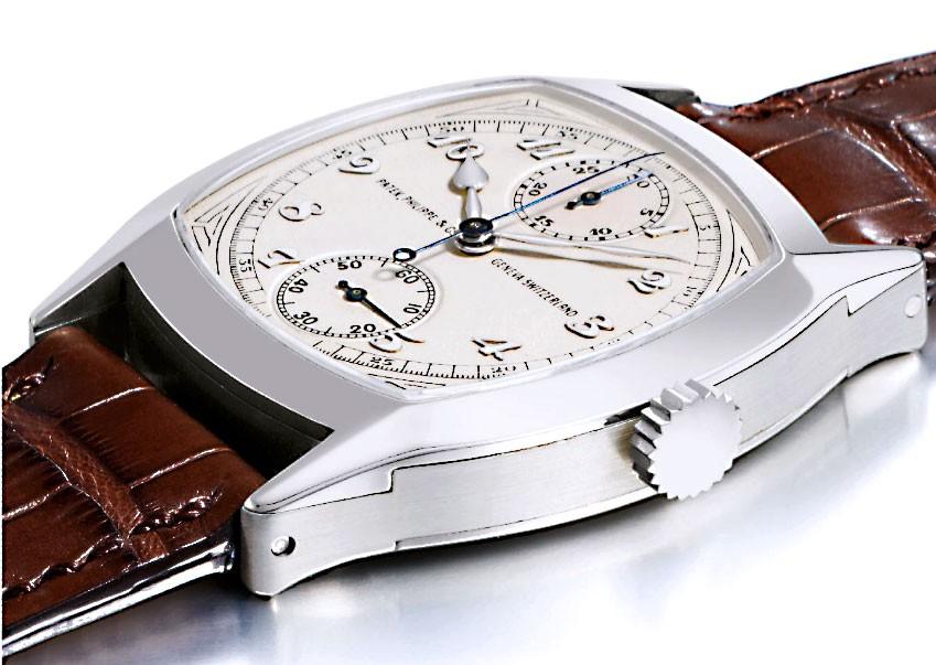 500bd419b2f O outro está coberto por 162 diamantes. A pulseira do relógio conta com mais  de 350 diamantes. E ele tem vendido bastante desde que chegou ao mercado.