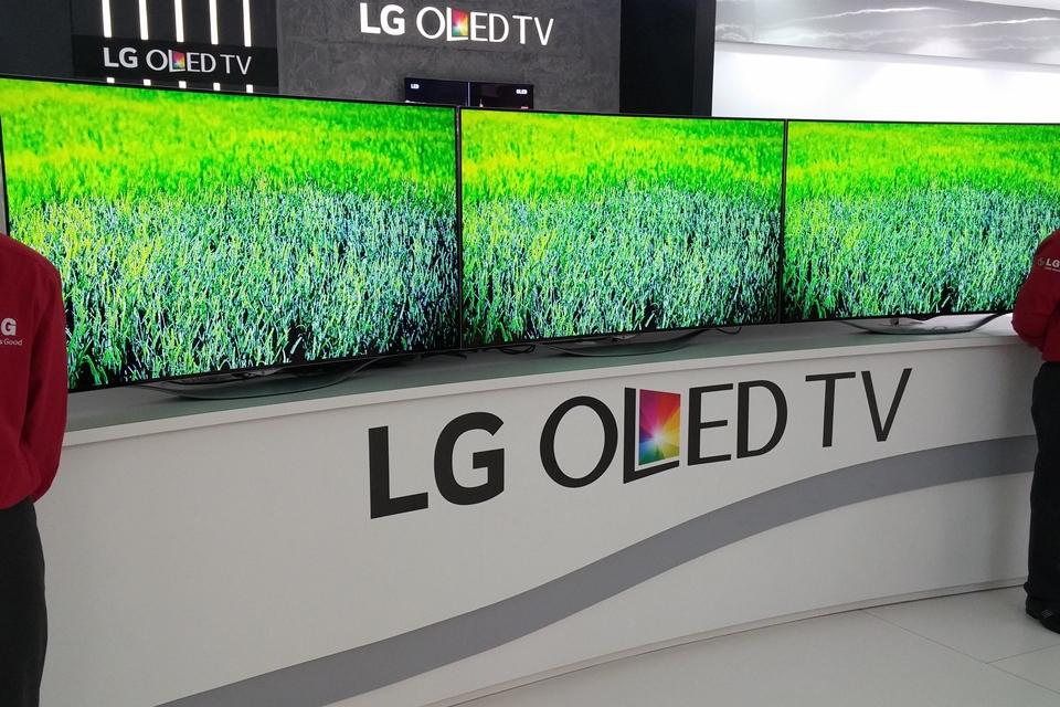 """Imagem de LG anuncia bundle monstruoso: compre uma OLED de 55"""" e ganhe uma 4K de 42""""! no site TecMundo"""