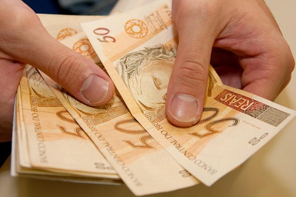 Imagem de Fez compras online? Saiba aqui como receber parte do seu dinheiro de volta no tecmundo