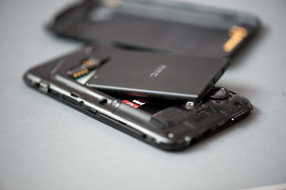 Imagem de 4 métodos para você calibrar a bateria de seu smartphone ou tablet Android no tecmundo