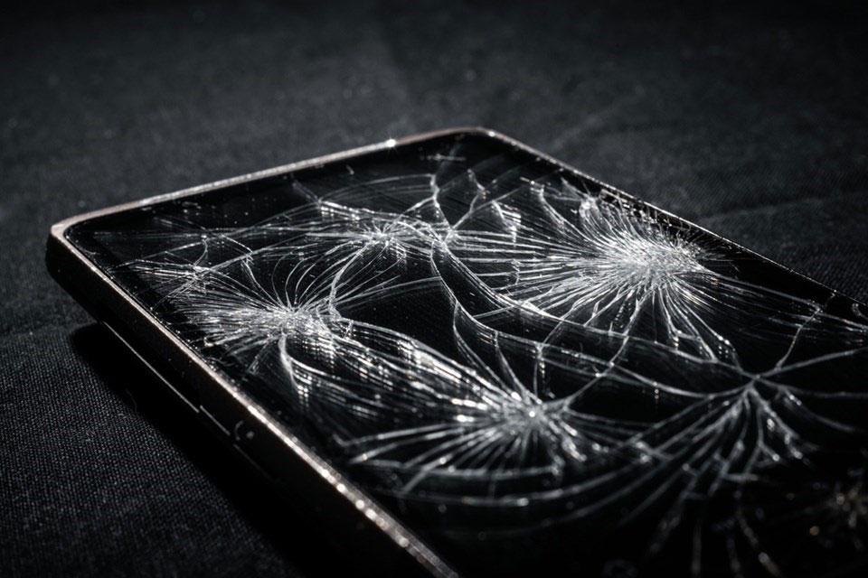 Imagem de Tecnologia inovadora pode regenerar rachaduras na tela do smartphone no tecmundo