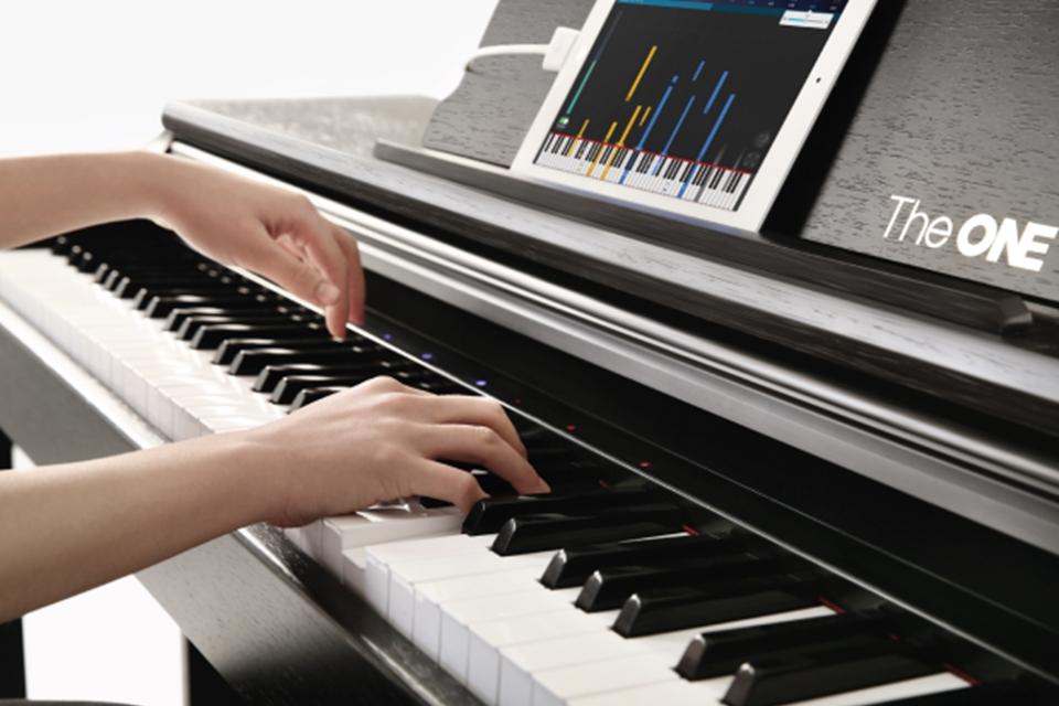 Imagem de Piano inteligente ensina música de um jeito divertido e descomplicado; veja no tecmundo