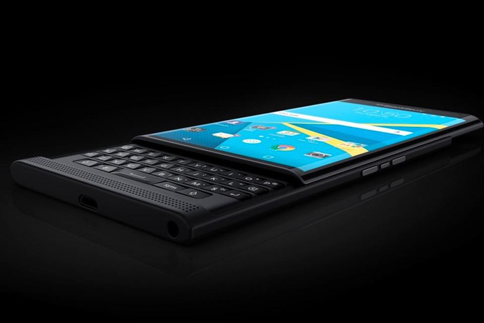 Imagem de Veja as fotos oficiais do BlackBerry Priv no tecmundo
