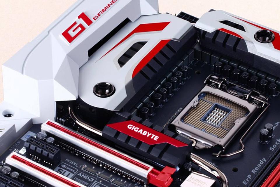 Imagem de GIGABYTE expande suporte para o Intel Thunderbolt 3 em suas placas-mãe no tecmundo
