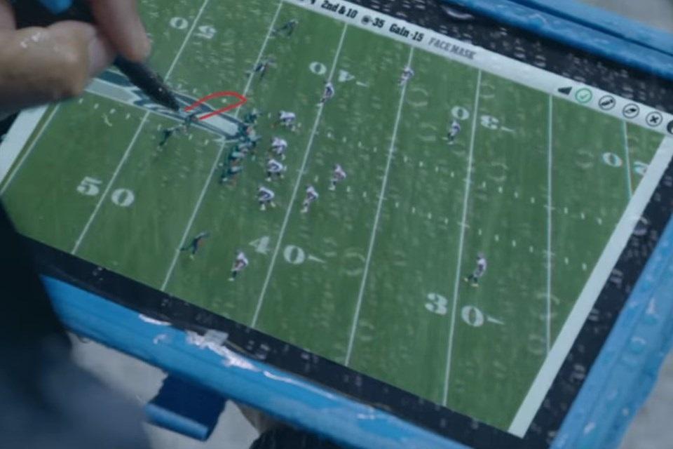 Imagem de Tablets Surface param de funcionar durante jogo da NFL e atrapalham equipe no tecmundo