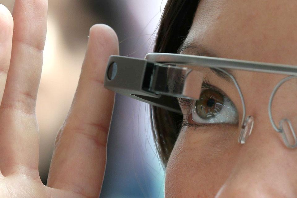 Imagem de Conheça o visual do novo Google Glass: Enterprise Edition no tecmundo