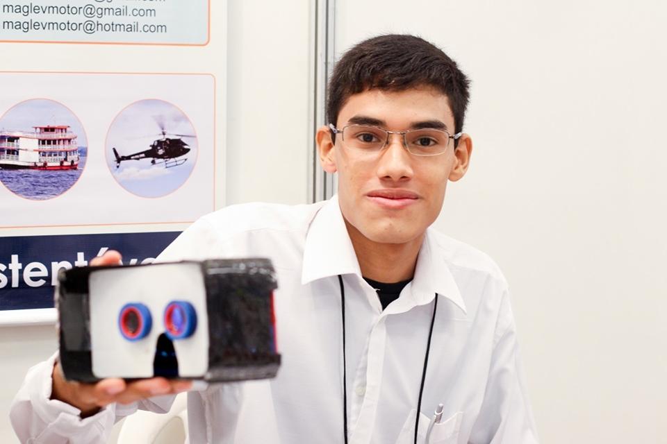 Imagem de Jovem de Manaus cria óculos de realidade virtual feitos de fibra de carbono no tecmundo