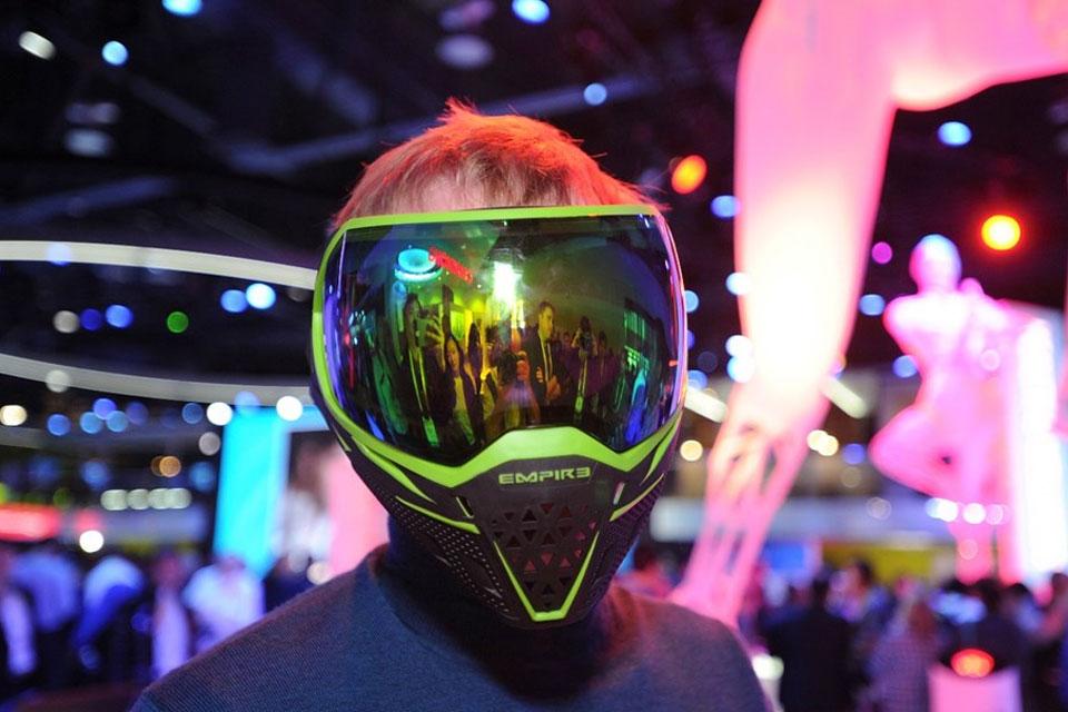 Imagem de Máscara de paintball tem HUD e deixa você usar 'cheat' durante partida no tecmundo