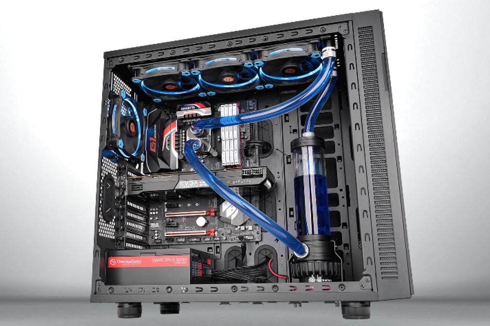 Imagem de Thermaltake lança kit de water cooling Pacific R360 D5 para personalizações no tecmundo
