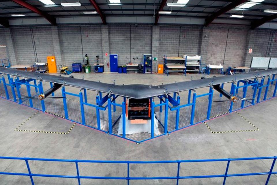Imagem de Facebook está lançando avião solar que transmite internet via satélite no tecmundo