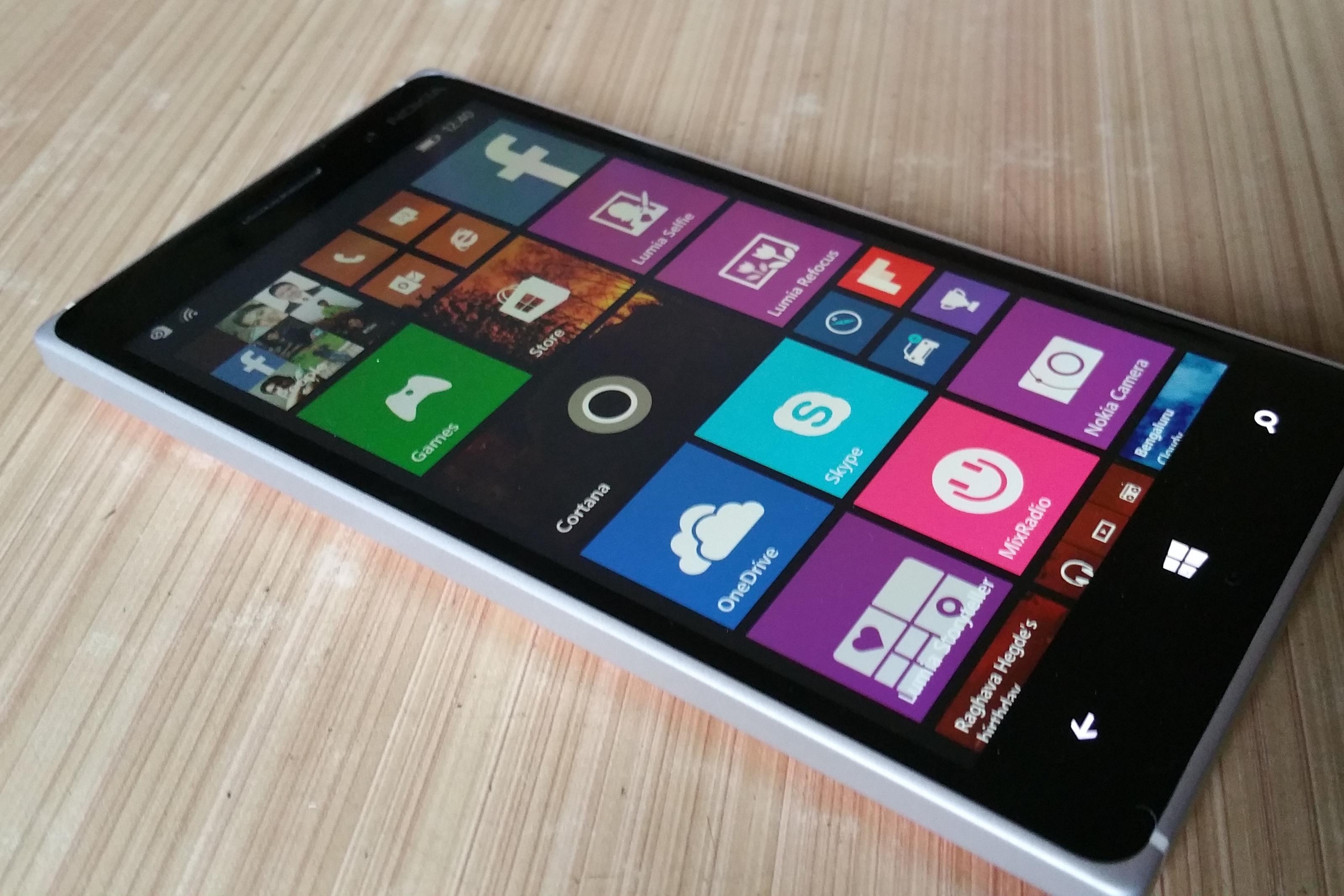 Imagem de Erramos: Microsoft vende sua divisão de feature phones para a Foxconn no tecmundo