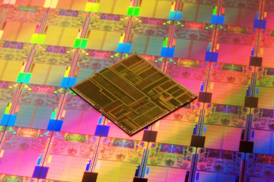 Imagem de Chip de testes da ARM com 10 nm e núcleos Artemis chega até o fim do mês no tecmundo