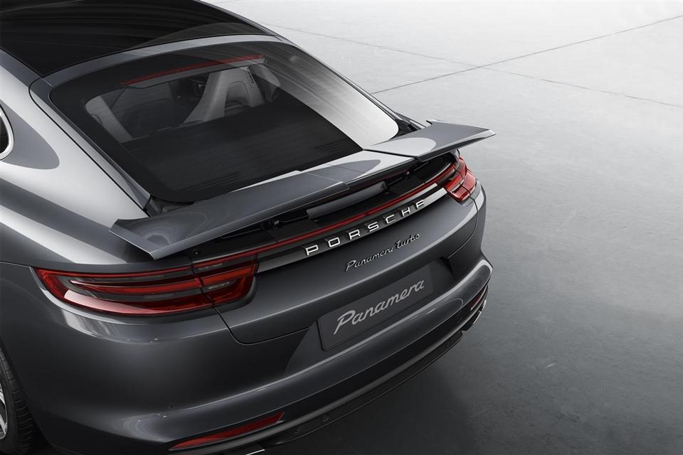 Imagem de A transformação do aerofólio desse Porsche parece coisa do futuro [vídeo] no tecmundo