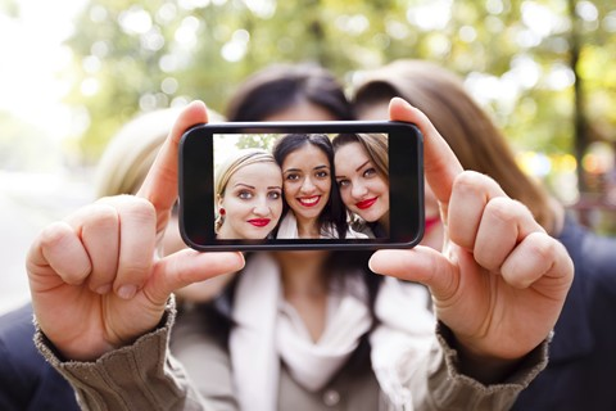 Imagem de Discretamente, Samsung insere filtro que edita selfies sem usuário saber no tecmundo