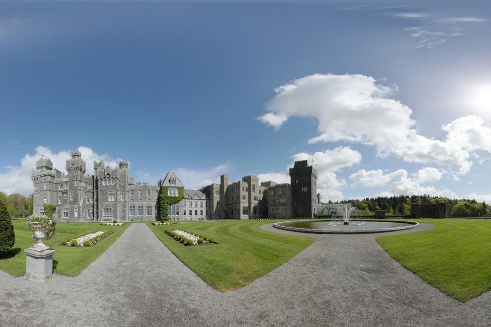 Imagem de Como tirar fotos em 360 graus com seu celular e publicar no Street View no tecmundo