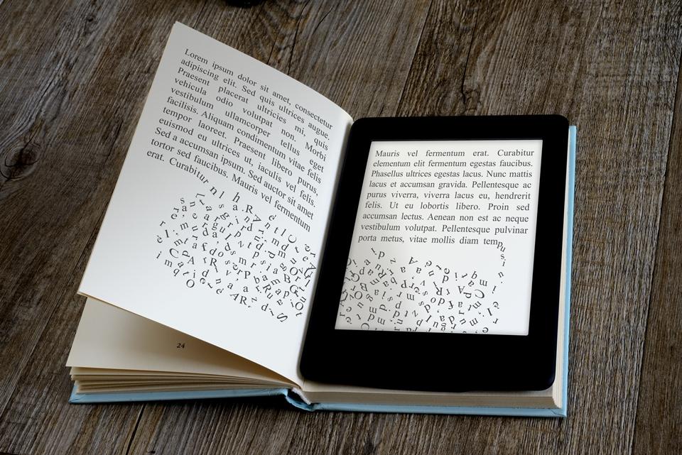Imagem de Entenda como a tecnologia não conseguiu matar os livros físicos de papel no tecmundo