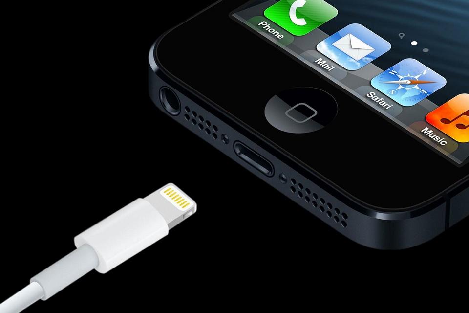 Imagem de iPhones com iOS 10 podem estar rejeitando cabos não oficiais no tecmundo