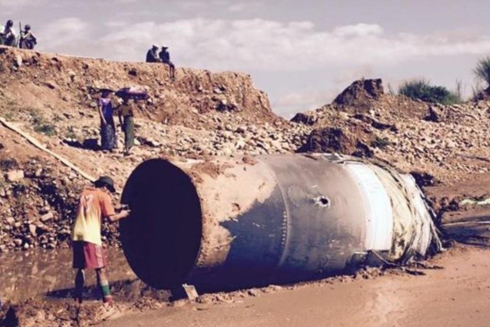 Imagem de Perigo das alturas: lixo espacial de 4,5 metros cai no Myanmar e assusta no tecmundo