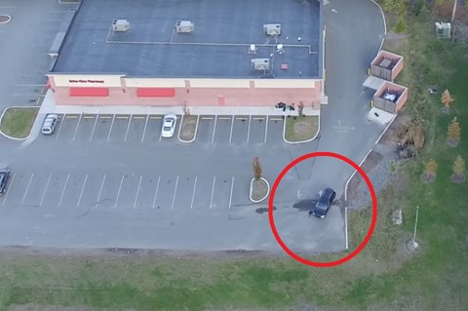 Imagem de Pegou no flagra: homem pega traição usando um drone 'secreto' no tecmundo