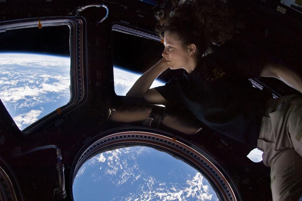 Imagem de Incrível: assista ao planeta Terra diretamente da ISS em vídeo 4K 360° no tecmundo