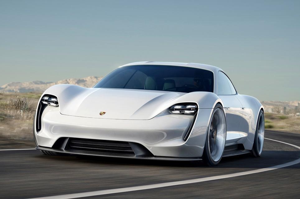Imagem de Ousado: Porsche espera que elétrico Mission E venda 20 mil unidades por ano no tecmundo